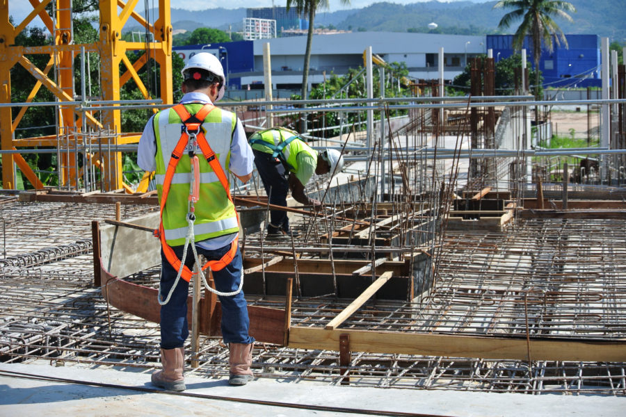 Trabalho Em Altura: Uso De Equipamentos Seguros E Compatíveis Às Funções.