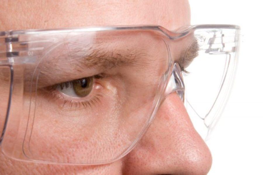 Mais de 150 mil acidentes oculares são registrados por ano